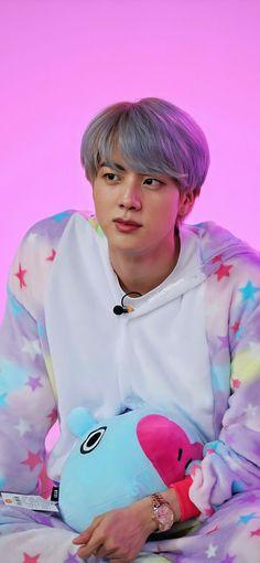"""RUN BTS! Ep 97 Behind the scene pictures Jin/ Kim Seokjin lockscreens/ wallpapers. Seokjin, Kim Namjoon, Kim Taehyung, Jung Hoseok, Namjin, Foto Bts, Bts Jin, Bts Bangtan Boy, K Pop"