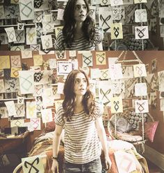 Lily Collins (Clarissa 'Clary' Fray in Mortal Instruments: City Of Bones)