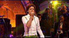 VIDEO Mika - Ain't Got No I Got Life on Jools Holland Hootenany - HIGH DEFINITION
