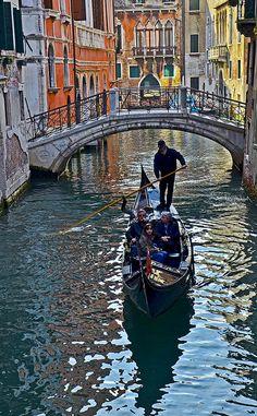 Canal in Venice, Italia.