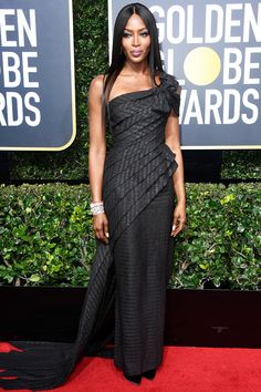 All the Glamorous 2018 Golden Globes Red Carpet Arrivals - Naomi Campbell from InStyle.com