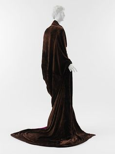 Paris,  Paul Poiret,  1919, silk, wool, metallic thread. SM30.b. Back.