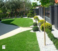 50 Awesome Front Yard Side Yard and Back Yard Landscaping Design Idea - Front Yard Garden Design, Small Front Yard Landscaping, Farmhouse Landscaping, Yard Design, Landscaping With Rocks, Modern Landscaping, Backyard Landscaping, Landscaping Ideas, Landscape Plans