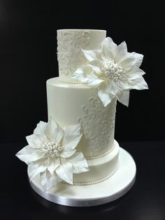 Make Fondant Lace in Craftsy's: Elegant Lace Cakes with Zoe Clark