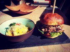 Hamburger, Chicken, Ethnic Recipes, Food, Essen, Burgers, Meals, Yemek, Eten