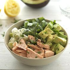 Salmon, Avocado and Arugula Salad with Lemon-Parsley Dressing - Fresh, healthy, nutritious and awesome!
