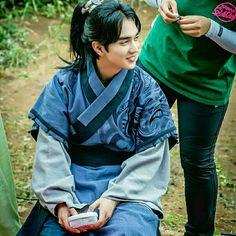 Yooseungho Ruler: Master of the mask cr. Jin Goo, Yoo Seung Ho, Seong, Emperor, Ruler, Kdrama, Couple, Actors, Models