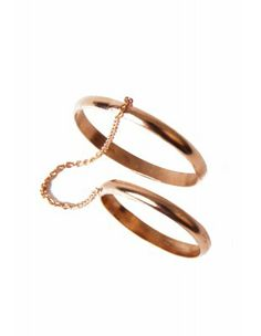 Knuckle Rose Gold Ring with Chain @Styligion.com
