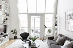Aesence/ Blog - Awesome Duplex Apartment