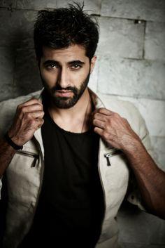 Akshay Oberoi Akshay Oberoi, Film Industry, Gorgeous Men, A Good Man, Indian Fashion, Hot Guys, Eye Candy, Bollywood, Cinema