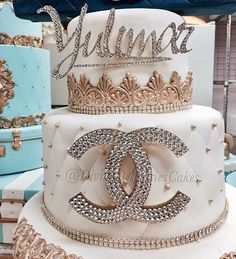 cakedesign #cocochannel #storybookbliss #inspiration
