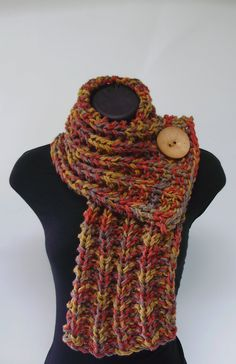 Knit Ribbed Cowl Scarf... Going to make this