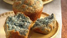 Looking for classic bread made with blue cornmeal? Then try these flavorful muffins that are ready in 40 minutes. Perfect if you love Southwest cuisine.