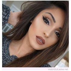 Awesome brown hair and make-up, love her golden detail ❤ liked on Polyvore featuring beauty products