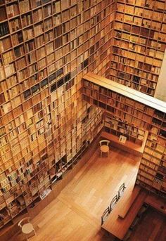 Omg!! Books, books, books!!! <3