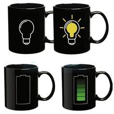 Gelas ini berubah warna saat diisin air panas. Waktu minum kopi dan teh semakin seru :)