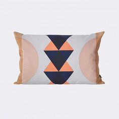 Cojín Totem Coral Dale a tu sillón un cambio con estos preciosos y elegantes…