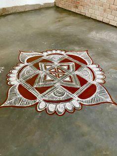 Acrylic Rangoli, Padi Kolam, Rangoli Designs Images, Flower Rangoli, Simple Rangoli, Beach Mat, Outdoor Blanket, Cards, Friday