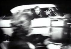 """Husker du uttrykk som """"Grava"""" og """"Hjulet""""? Det var sosiale sentrum for motorinteressert ungdom på 60- og 70-tallet. I dag er Hjulet lagt ned og Tyrigrava Kro lever på lånt tid. I denne dokumentaren..."""
