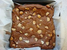 Salted Caramel Brownies in the thermomix Thermomix Recipes Healthy, Thermomix Desserts, Bellini Recipe, Salted Caramel Brownies, Cooking Sweet Potatoes, Cooking Pumpkin, Famous Recipe, Bakery Recipes, Fudge Recipes