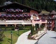 Familienurlaub in den Bergen! #filzmooserhof #filzmoos #salzburgerland #österreich #urlaubindenbergen www.filzmooserhof.at Bergen, Dolores Park, Travel, Family Vacations, Viajes, Destinations, Traveling, Trips, Mountains