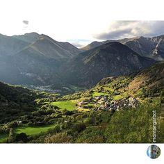 Wonderful landscape from #ValldeBoi #Lleida...Picture by @montsegarbot (Instagram)