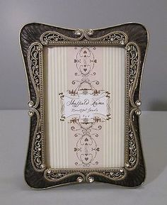272 Best Frameswallart Images Picture Frame Picture Frames