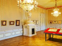 Spanish Apartments, Albertina State Rooms | Photo: 2016, © Albertina, Wien #AlbertinaStateRooms #AlbertinaPrunkräume Spanish Apartment, State Room, Restaurant, Palace, Apartments, Pictures, Home Decor, Travel, Restore
