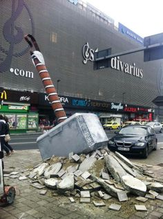 Thor hammer arrived in Bucharest