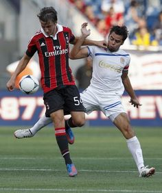 Bryan Cristante (born 3 March 1995) is an Italian professional footballer who plays as a midfielder for Serie A club Milan. He also holds a Canadian passport, as his father was born there.