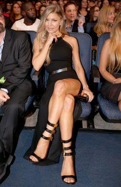 American Music Awards, Fergie Ferguson, Stacy Ferguson, Beauté Blonde, Jenifer Aniston, Sexy Legs And Heels, Great Legs, Black Eyed Peas, Beautiful Legs