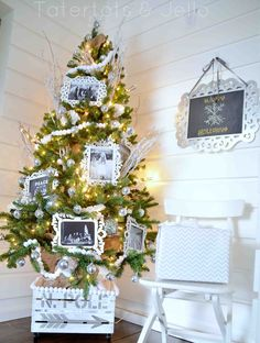 #MichaelsStores Dream #Tree #holiday by Tatertots & Jello