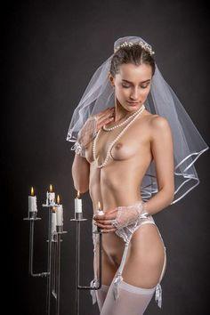 Эротические фото обнаженных невест