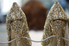 In ♥ with these sparkly gold heels by Gianmarco Lorenzi!
