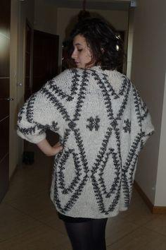 Ręko-czyny: Aztecki sweter - ponczo