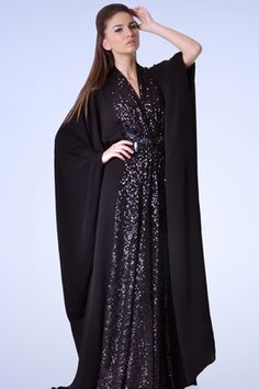 Abaya is a long dress women wear abaya upper side of the dress. They dress up abaya when they go out Arab Fashion, Islamic Fashion, Muslim Fashion, Modest Fashion, Muslim Dress, Hijab Dress, Maxi Dresses, Khaleeji Abaya, Hippy Chic