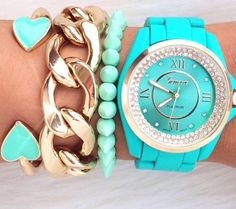 Blue & bold accessories #bracelets #layers #officestyle