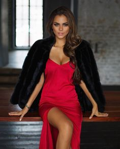 Viki Odintcova at DuckDuckGo Viki Odintcova, Perfect Figure, Russian Beauty, Russian Models, Dressed To Kill, Sexy Hot Girls, Lady In Red, Sexy Dresses, Queens
