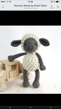 http://www.ravelry.com/patterns/library/sheep-17