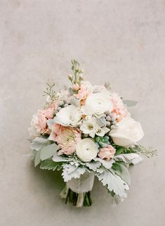 pastel hued wedding bouquet for 2018 trends