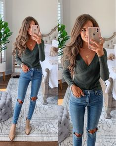Posts from cmcoving Cute Outfits With Jeans, Basic Outfits, Mom Outfits, Cute Casual Outfits, Everyday Casual Outfits, Summer Work Outfits, Spring Outfits, Cold Spring Outfit, Fall Fashion Outfits