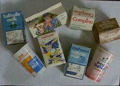 Op school kreeg ik de blauwe pakjes schoolmelk. Ze waren altijd erg koud, heerlijk!