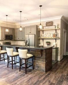 Are you looking for rustic kitchen design ideas to bring your kitchen to life? I have here great rustic kitchen design ideas to spark your creative juice. Country Kitchen Farmhouse, Country Kitchen Designs, Farmhouse Ideas, Kitchen Rustic, Country Bar, Farmhouse Interior, Kitchen Interior, Apartment Kitchen, Farmhouse Kitchen Light Fixtures