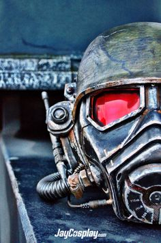 NCR Veteran Ranger Helmet from Fallout: New Vegas Find more of my work here… Fallout Cosplay, Fallout Game, Fallout New Vegas, Video Game Art, Video Games, Ncr Ranger, Vault Dweller, Vegas Showgirl, Nerd Art