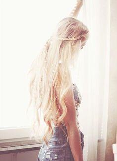Love long blonde hair