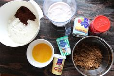Saftig, stor sjokoladekake i langpanne - krem.no Milk, Pudding, Cookies, Baking, Desserts, Food, Crack Crackers, Tailgate Desserts, Deserts