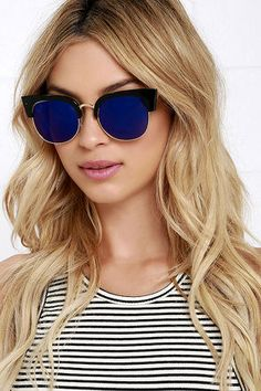 Slip on the Sightseer Black and Blue Mirrored Sunglasses, and take the scenic route home! A classic, thick black frame holds blue mirrored lenses with gold accents. Stylish Sunglasses, Sunglasses Accessories, Round Sunglasses, Mirrored Sunglasses, Sunglasses Women, Fashion Accessories, Pink Sunglasses, Trending Sunglasses, Sunglasses Online