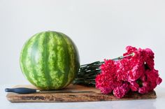 Make this awesome DIY watermelon flower centerpiece and wow all of the guests are your summer parties! Get the how-to at The Sweetest Occasion 1st Birthday Party For Girls, Ballerina Birthday, Diy Wedding Projects, Wedding Crafts, Wedding Ideas, Watermelon Flower, One In A Melon, Tropical, Summer Parties