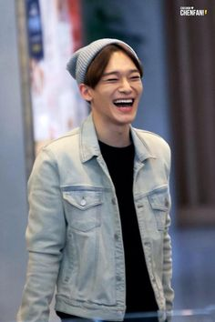[PIC] 150320 ICN Airport- Chen (cr chenfan)