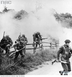 1st Armoured Division infantry assault exercises.